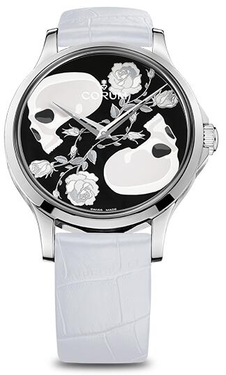 Swiss knock-off watches online are simple in black and white.