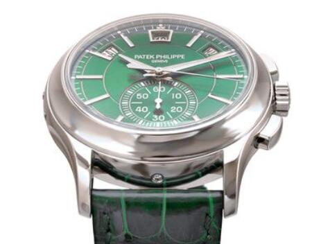 Swiss knock-off watches look very enjoyable with green color.
